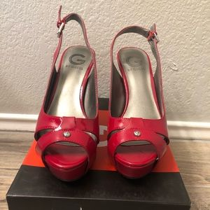 """Guess """"Cathy"""" heels size 8"""